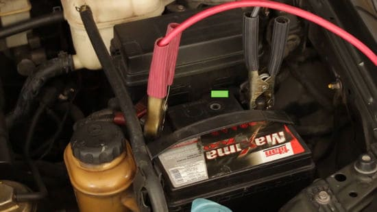 4 Dead Car Battery Tricks to Get Your Car Started
