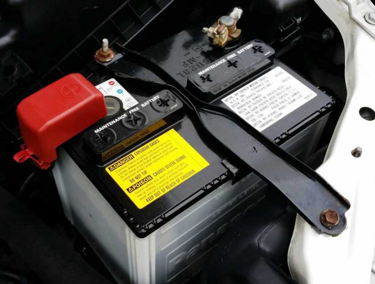 8  Easy Ways to Keep A Car Battery Charged Through Winter